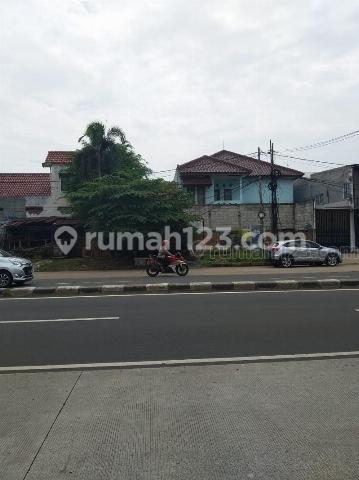 Rumah di lokasi  strategis pinggir jalan , dekat dengan Cipete, Cilandak, Kemang dan TB Simatupang, Cilandak, Jakarta Selatan