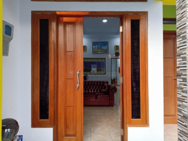 Rumah 1,5 Lntai Di Perumahan Pelindo Tj Priok Jakarta Utara, Rawa Badak, Jakarta Utara