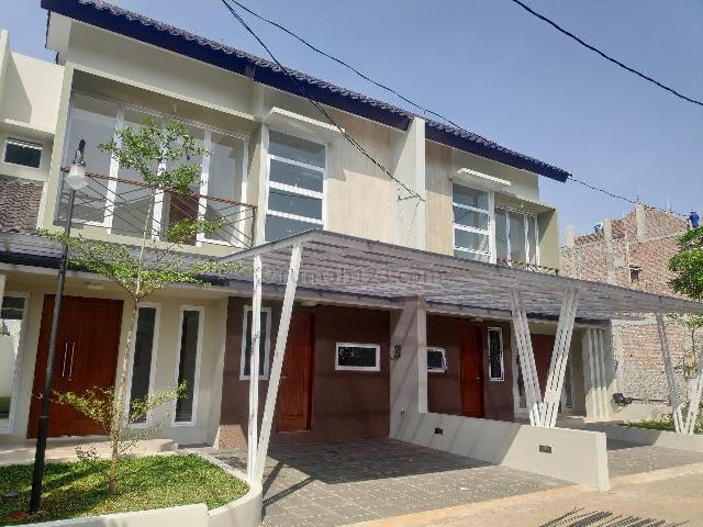 Hunian Mewah 2 Lantai Pusat Kota Jagakarsa Jakarta Selatan, Jagakarsa, Jakarta Selatan