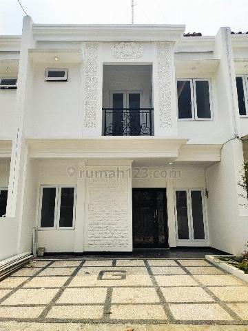 Hunian di Jagakarsa 2 Lantai Dekat Area CBD Simatupang, Jagakarsa, Jakarta Selatan