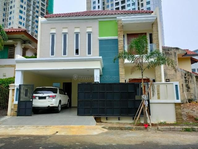 Rumah Cantik 2 Lt @Brand New di Tanjung Mas Raya, Tanjung Barat, Tanjung Barat, Jakarta Selatan