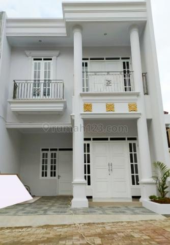 Rumah Baru 2 Lantai  di Cipedak Jagakarsa Jakarta Selatan, Jagakarsa, Jakarta Selatan