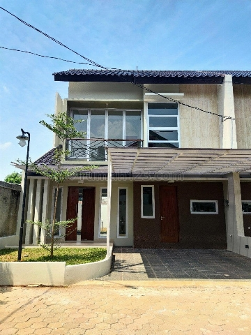 Rumah Di Jagakarsa Desain Modern Lokasi Strategis Jakarta Selatan, Jagakarsa, Jakarta Selatan