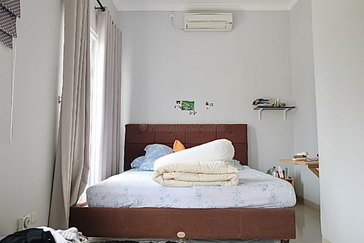 (TOWNHOUSE IVORY RESIDENCE) STRATEGIS DEKAT TB SIMATUPANG, Pasar Minggu, Jakarta Selatan