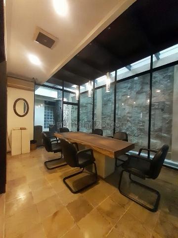 Rumah kantor di Kebayoran baru lingkungan elite lokasi premium dan komersil, Kebayoran Baru, Jakarta Selatan