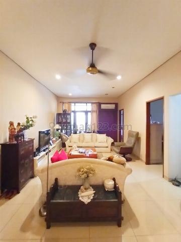 Rumah 1,5 LAntai dalam Kompleks di CIpete, Cipete, Jakarta Selatan