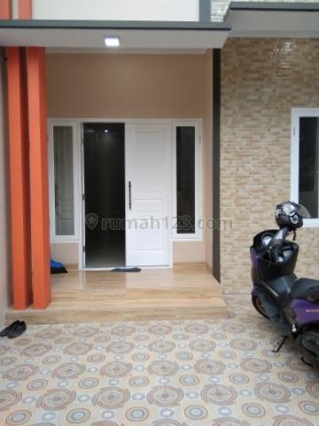 Rumah Minimalis, Cipedak, Jakarta Selatan