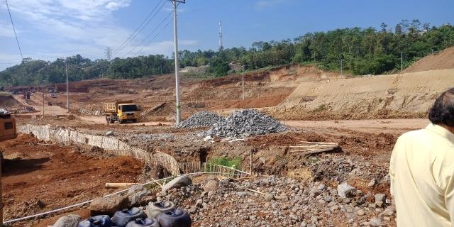 Tanah buat pabrik. di kawasan industri Bawen. Semarang. Jawa tengah, Bawen, Semarang