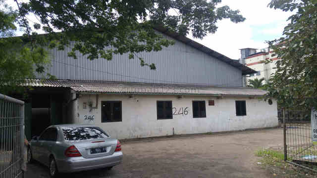 Sewa Tanah Dan Bangunan Tempat Usaha Raya Jemursari Cocok Untuk Resto Fastfood, Wonocolo, Surabaya
