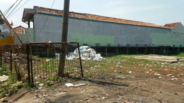 kavling pinggir jalan narogong gunung putri, Cileungsi, Bogor