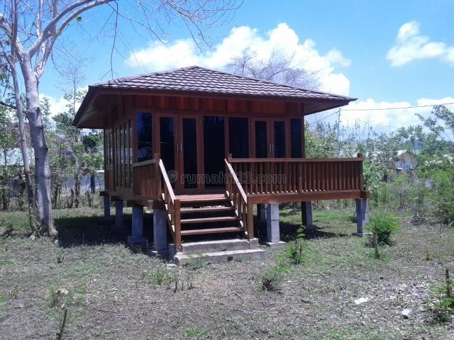 Tanah super istimewa berada di lokasi yang dekat dengan bandara. Beli tanah bonus 4 unit rumah joglo. Harga murah., Labuan Bajo, Manggarai Barat