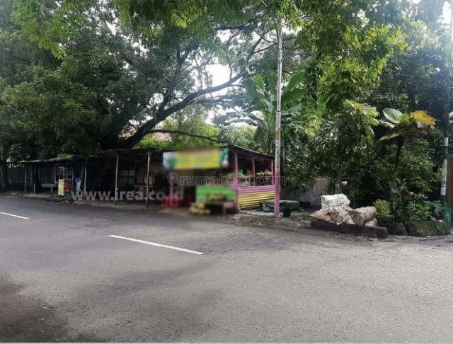Tanah tengah kota, cocok dijadikan food court, Banjarsari, Solo