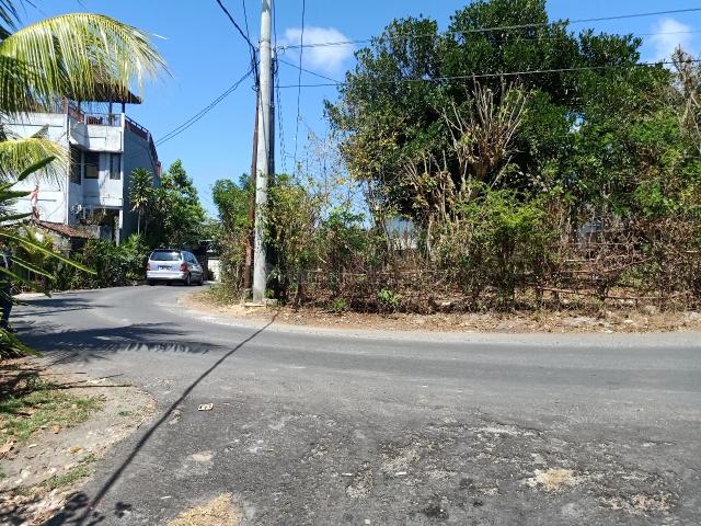 Tanah murah lokasi di Hook Ungasan Denpasar, Ungasan, Badung