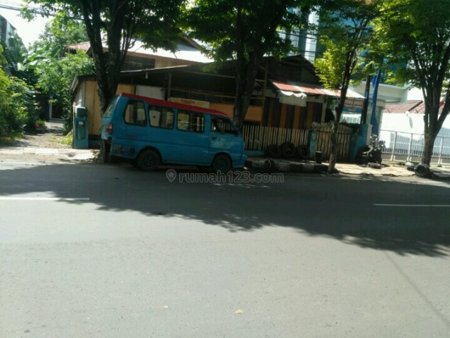 tanah ada rumah panggung tua, Wanea, Manado