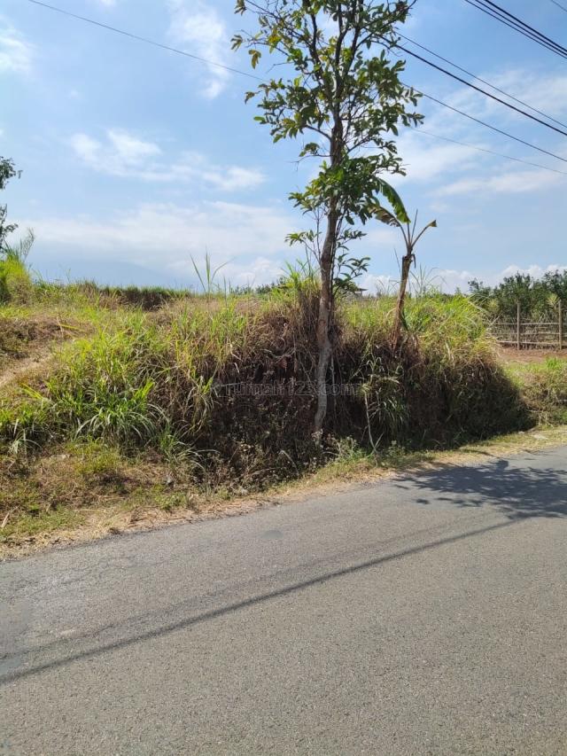 Tanah strategis dekat jalan aspal potensi unt hunian kavling n pertanian, Dau, Malang