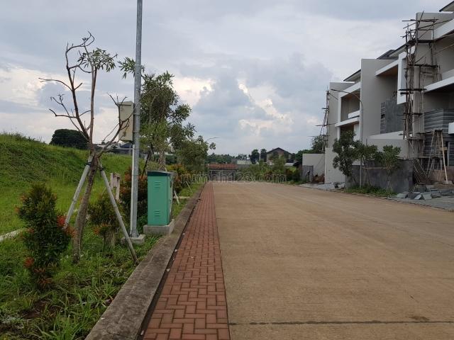 Tanah Luas di Setra Duta Dago Kota Bandung Harga Oke bisa Nego, Setra Duta, Bandung