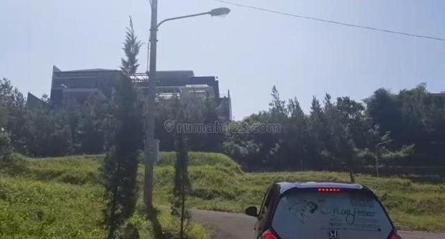 Tanah Luas di Gardenia - Setiabudi Kota Bandung hadap selatan Harga Oke bisa Nego, Setiabudi, Bandung