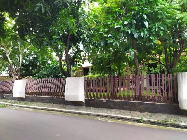 Turun Harga Tanah dalam komplek ada bangunannya di jati padang., Jati Padang, Jakarta Selatan