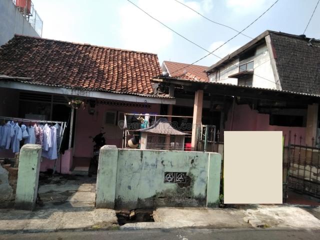 Rumah Tua daerah Kramat Pela, Kebayoran Baru, Jakarta Selatan