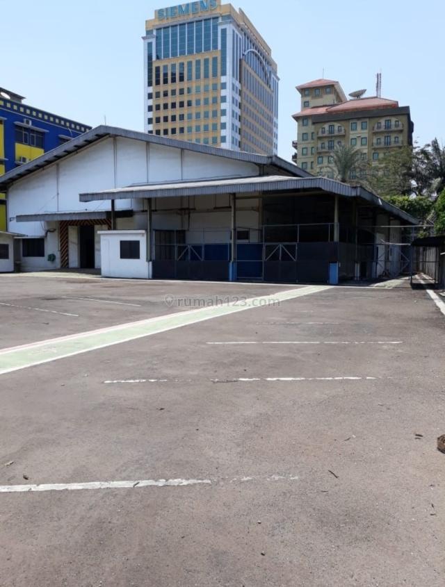 TERMURAH TANAH di Jl. RAYA TB SIMATUPANG, luas 2326m2, PINGGIR JALAN RAYA (081315212979), TB Simatupang, Jakarta Selatan