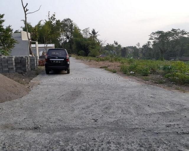 Tanah Area Mlati Sleman,Perumahan Dekat Jalan Raya :12x Cicilan Tanpa Bunga, Mlati, Sleman