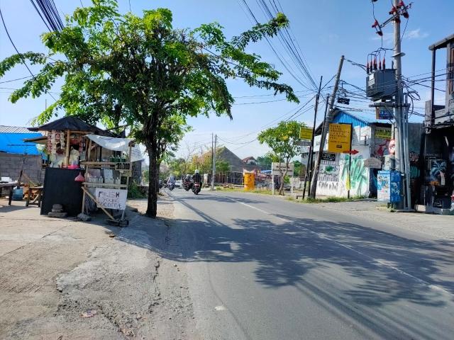 TANAH KECIL JL RAYA UTAMA CANGGU TERMURAH 192M2 LAND FREEHOLD, Canggu, Badung