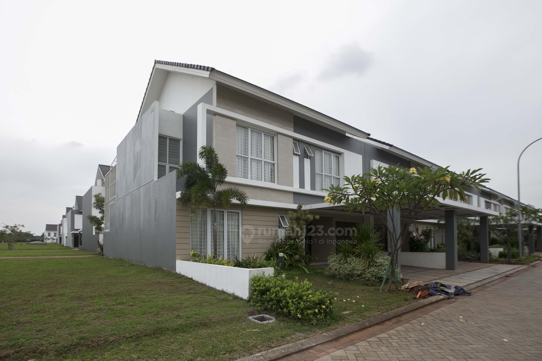 Rumah tapak pada Jakarta Garden City, Cakung, Jakarta Timur.