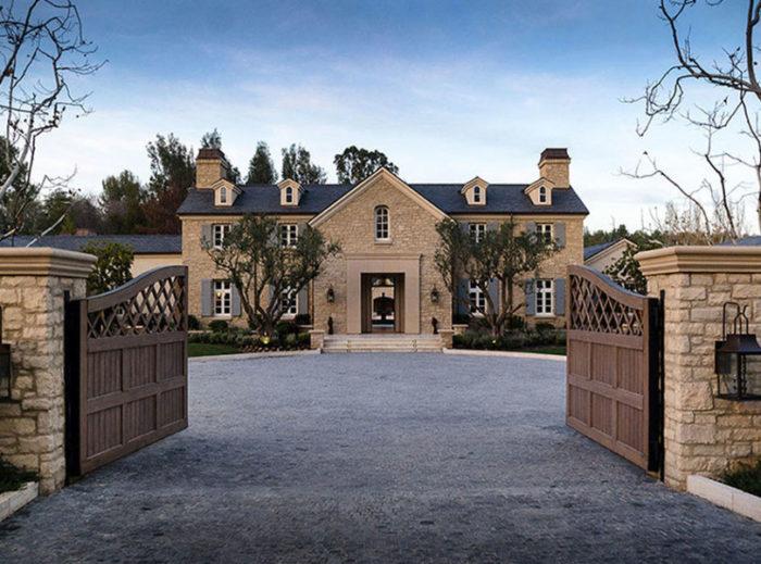 Ada Berapa Sih Rumah Kanye West dan Kim Kardashian?