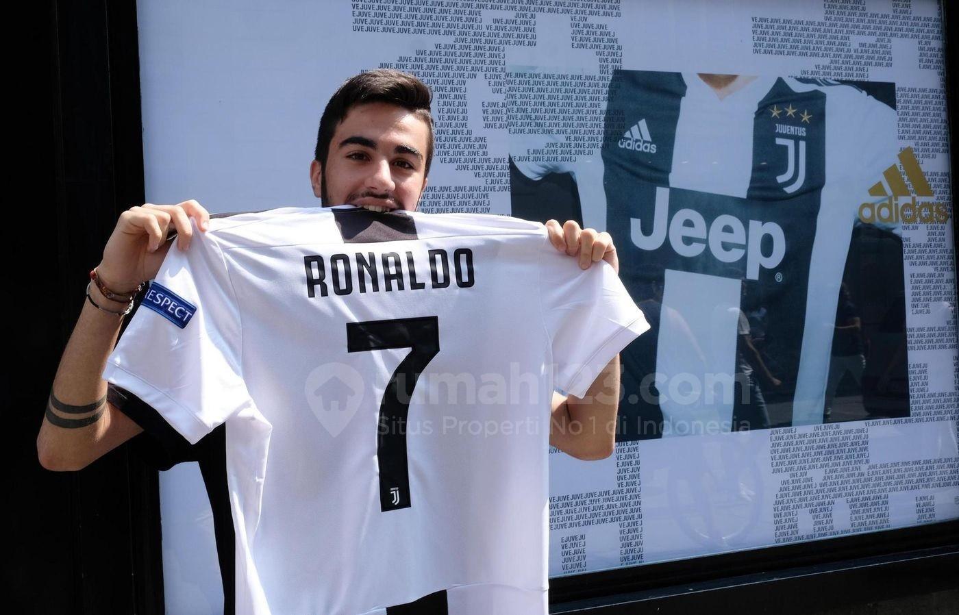 Gokil Jersey Ronaldo Terjual Rp871 Miliar Dalam 24 Jam Wah