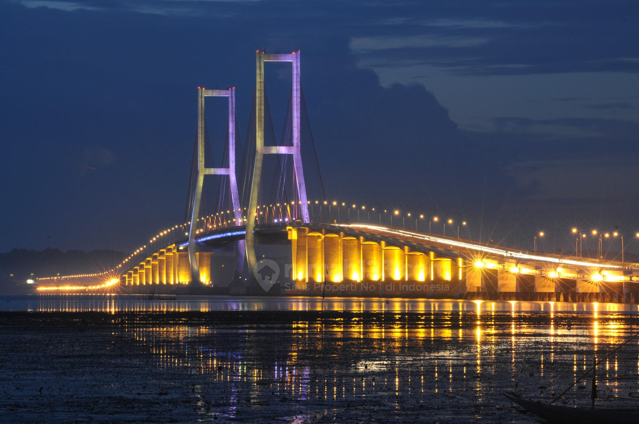 Image result for Jembatan suramadu