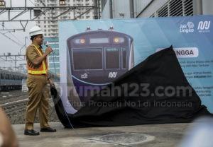 Hmm, Kira-kira Berapa Ya Tarif MRT dan LRT