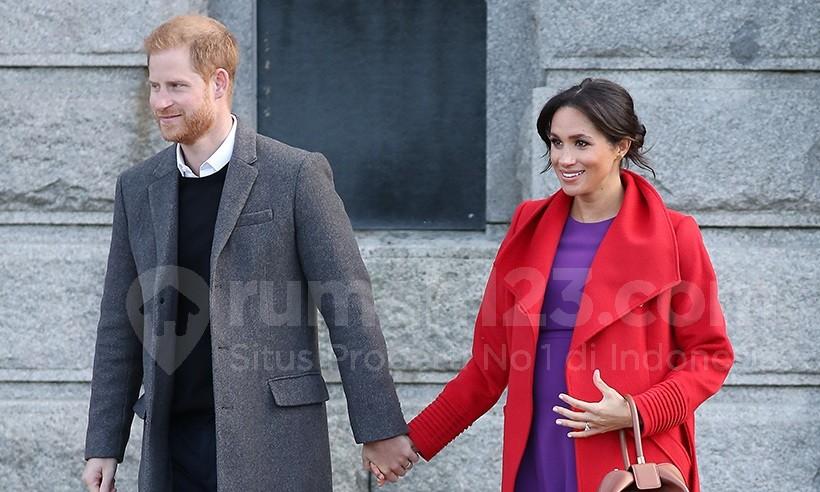 Pangeran Harry dan Meghan Markle Tinggal Sementara di Rumah Peternakan