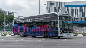 Volvo Uji Coba Bus Listrik Tanpa Sopir di Singapura, Truz Jakarta Kapan Ya