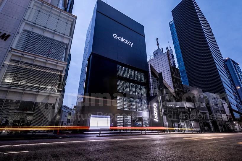 Fasad Bangunan dengan 1.000 Smartphone, Wah Keren Banget Ya