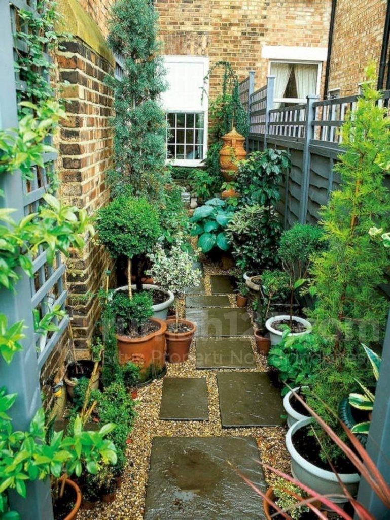 taman kecil depan rumah - rumah123.com