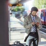 Ga Usah Malu Fakir Kuota, Ada WiFi Gratis di Stasiun KRL Commuter Line