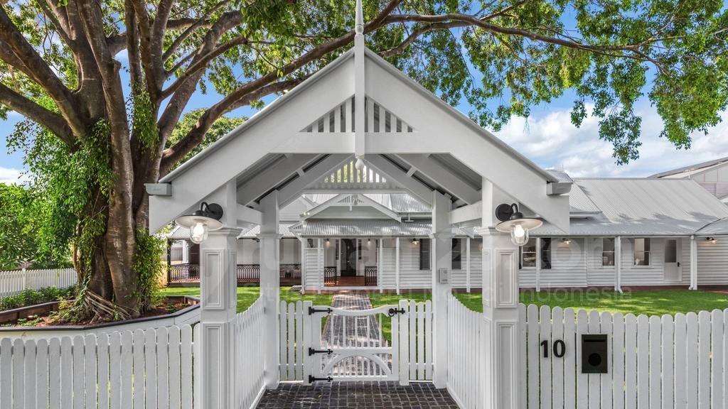 Pasti Tidak Percaya Kalau Rumah Ini Sudah Berusia 120 Tahun