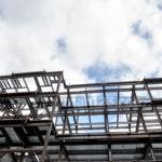 Rangka Atap Baja Ringan Vs Kayu, Lebih Baik yang Mana?