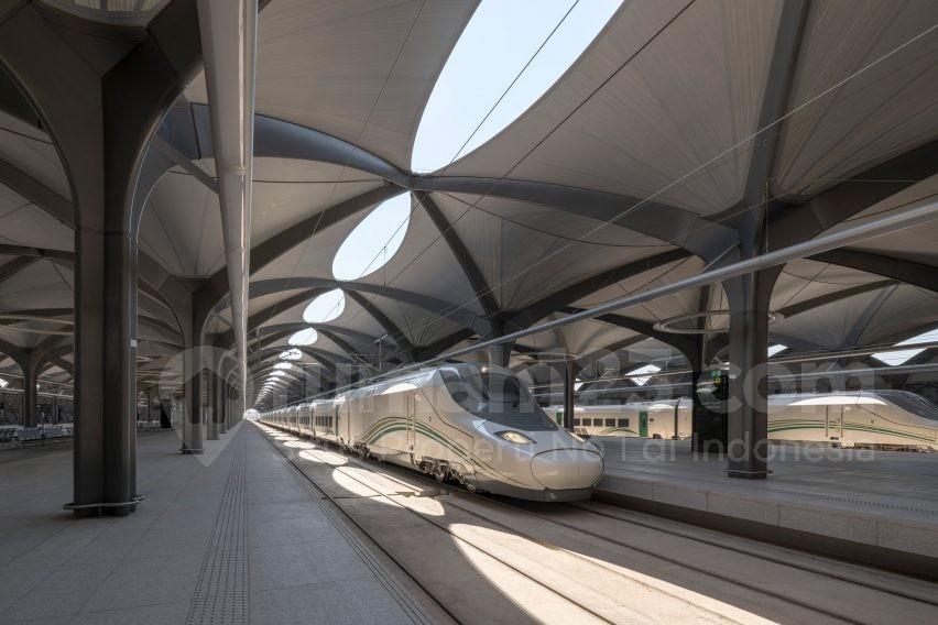 Stasiun Kereta- Rumah123.com
