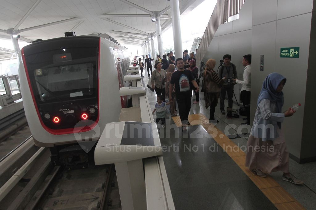 LRT Jakarta- Rumah123.com