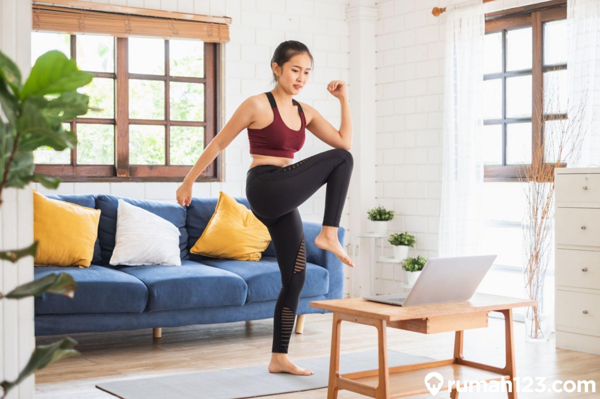Tanpa Alat Ini 8 Jenis Olahraga Yang Cepat Menurunkan Berat Badan Di Rumah Rumah123 Com