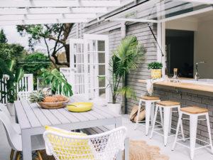 Yuk, Desain Ruang Makan Outdoor Ala Alfresco