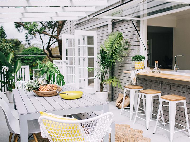 Ruang Makan Alfresco- Rumah123.com