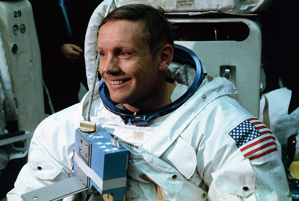 Neil Armstrong- Rumah123.com