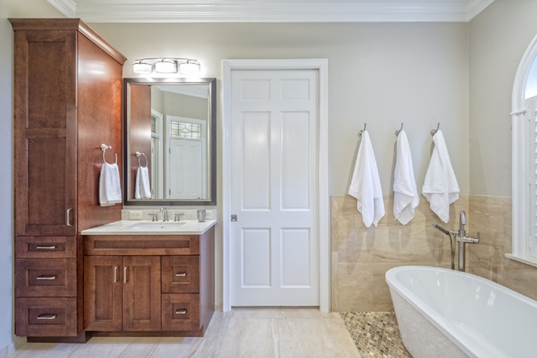 pintu kamar mandi- Rumah123.com