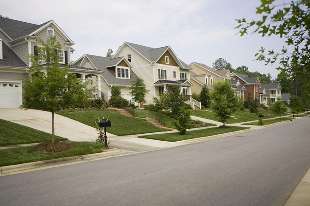 Tips Beli Rumah: 4 Cara Mencari Tahu Lingkungan Sekitar Rumah Aman