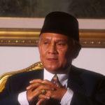 Menghitung Aset Kekayaan BJ Habibie, dari Rumah Mewah Hingga Gedung Tertinggi di Indonesia