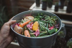 5 Cara Membuat Pupuk Kompos dari Sampah Rumah Tangga