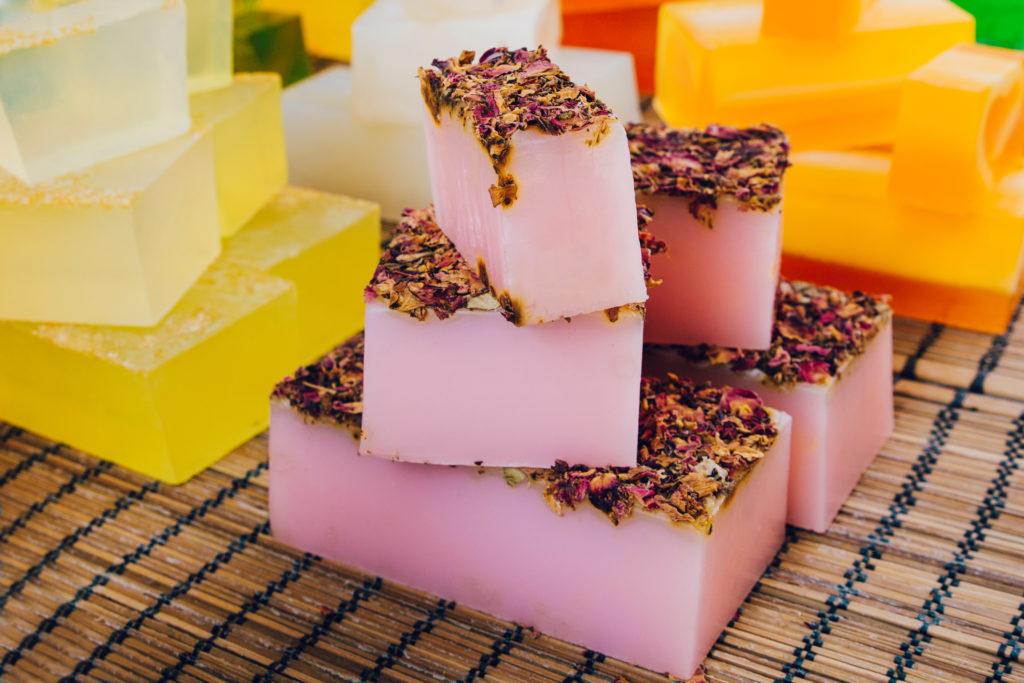 Cara membuat sabun organik ternyata mudah dan murah - Rumah123.com