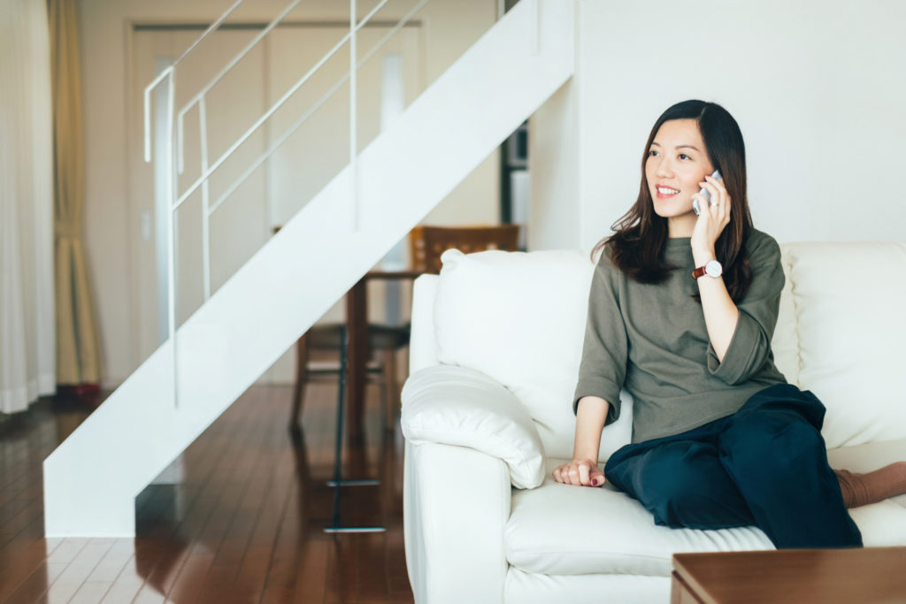 tak ada salahnya wanita beli rumah sendiri sebelum menikah - rumah123.com